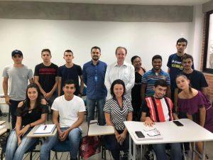 CRA-GO visita Unievangélica e lança projetos para os acadêmicos