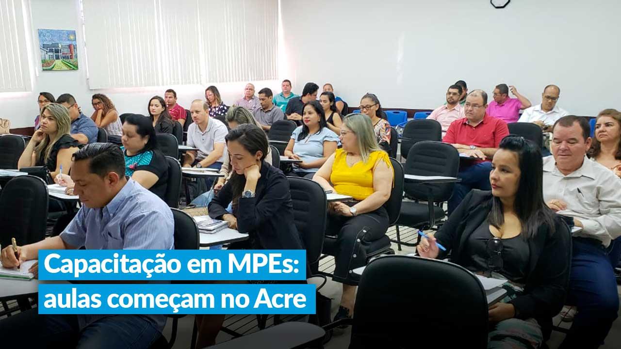 Capacitação em MPEs: aula presencial marca início de curso no Acre