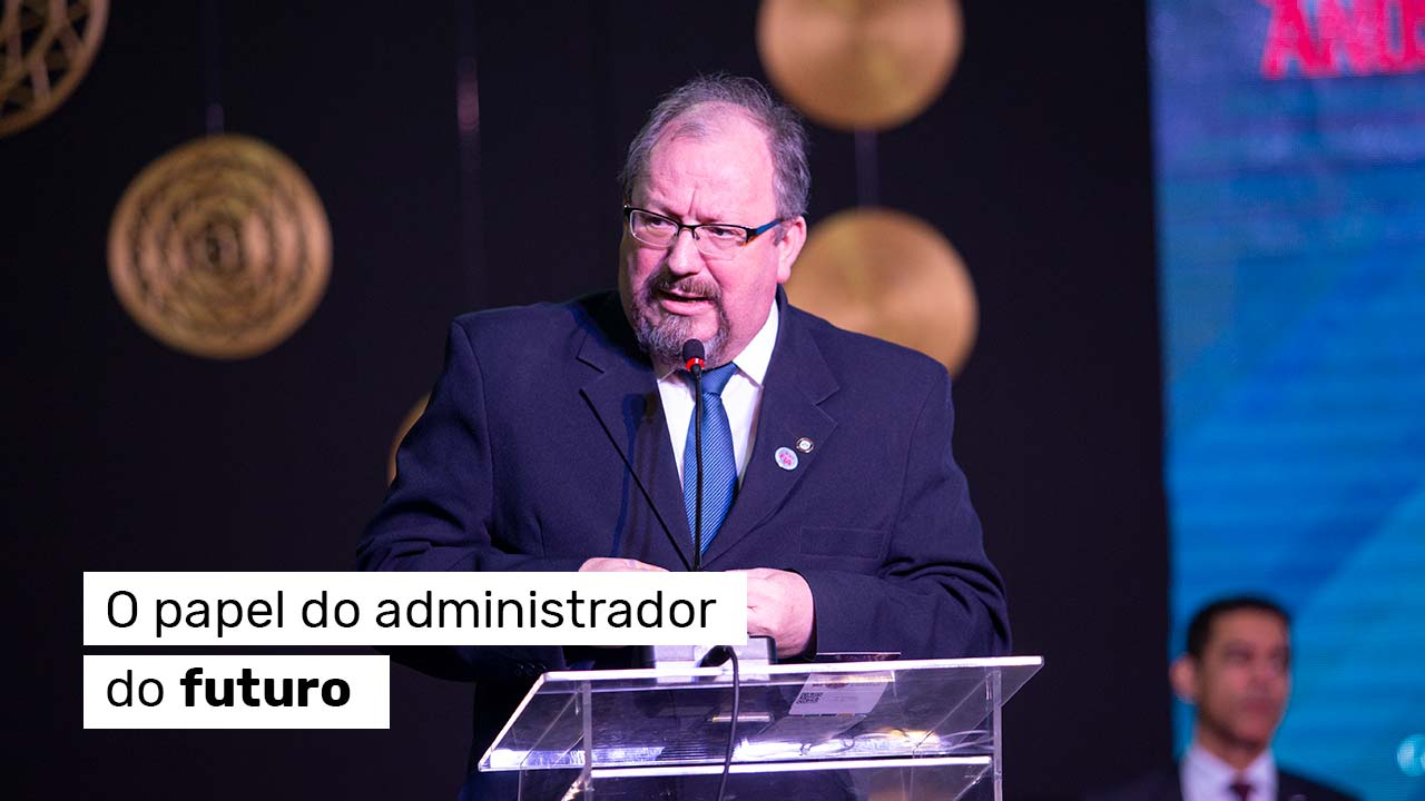 Presidente do CFA encerra ciclo de palestras do FIA 2019