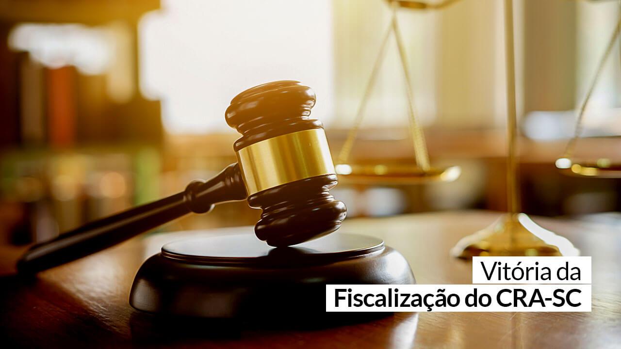 Justiça reconhece legalidade de registro para bacharel em ADM que atua em RH